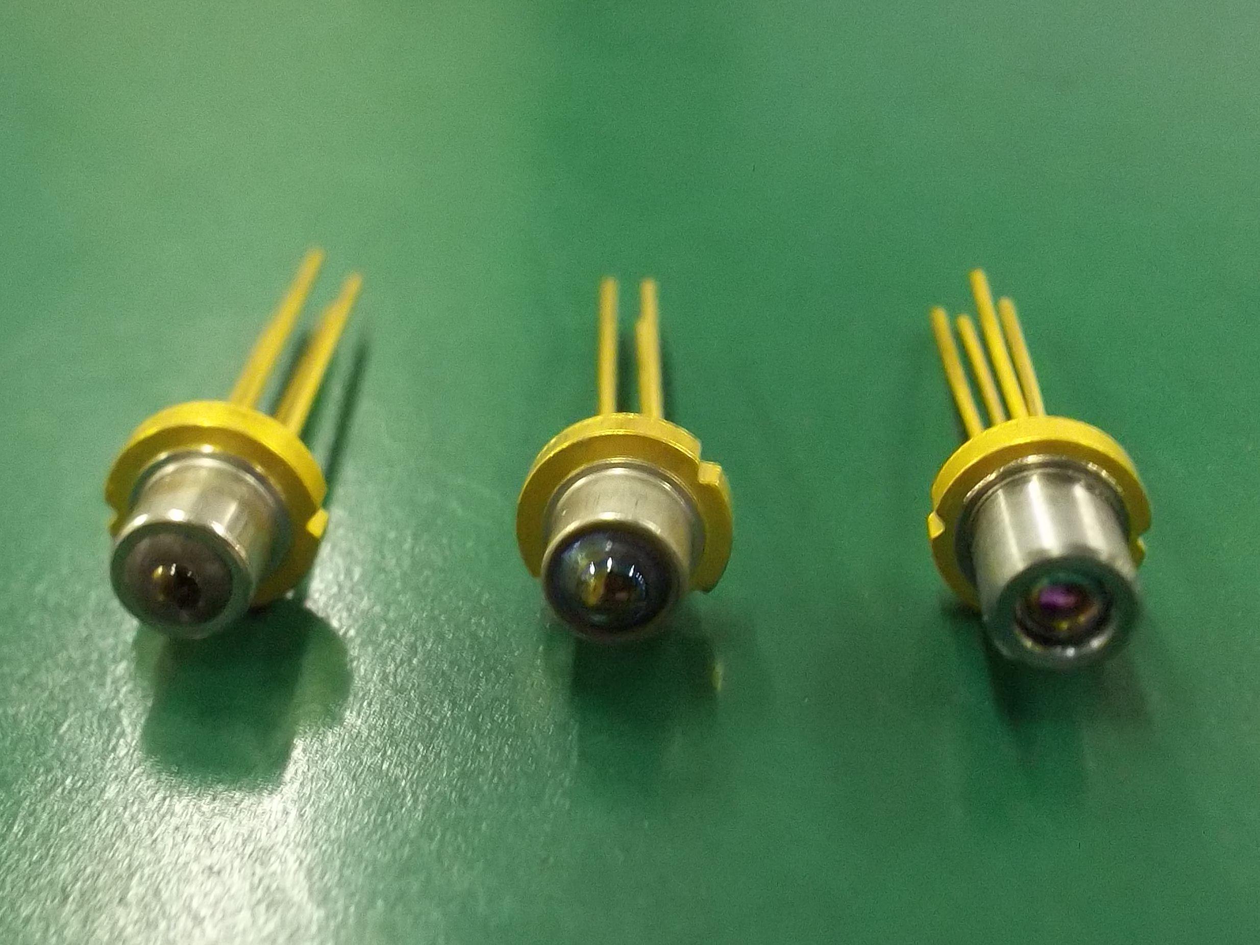 10G 1310nmDFB激光器