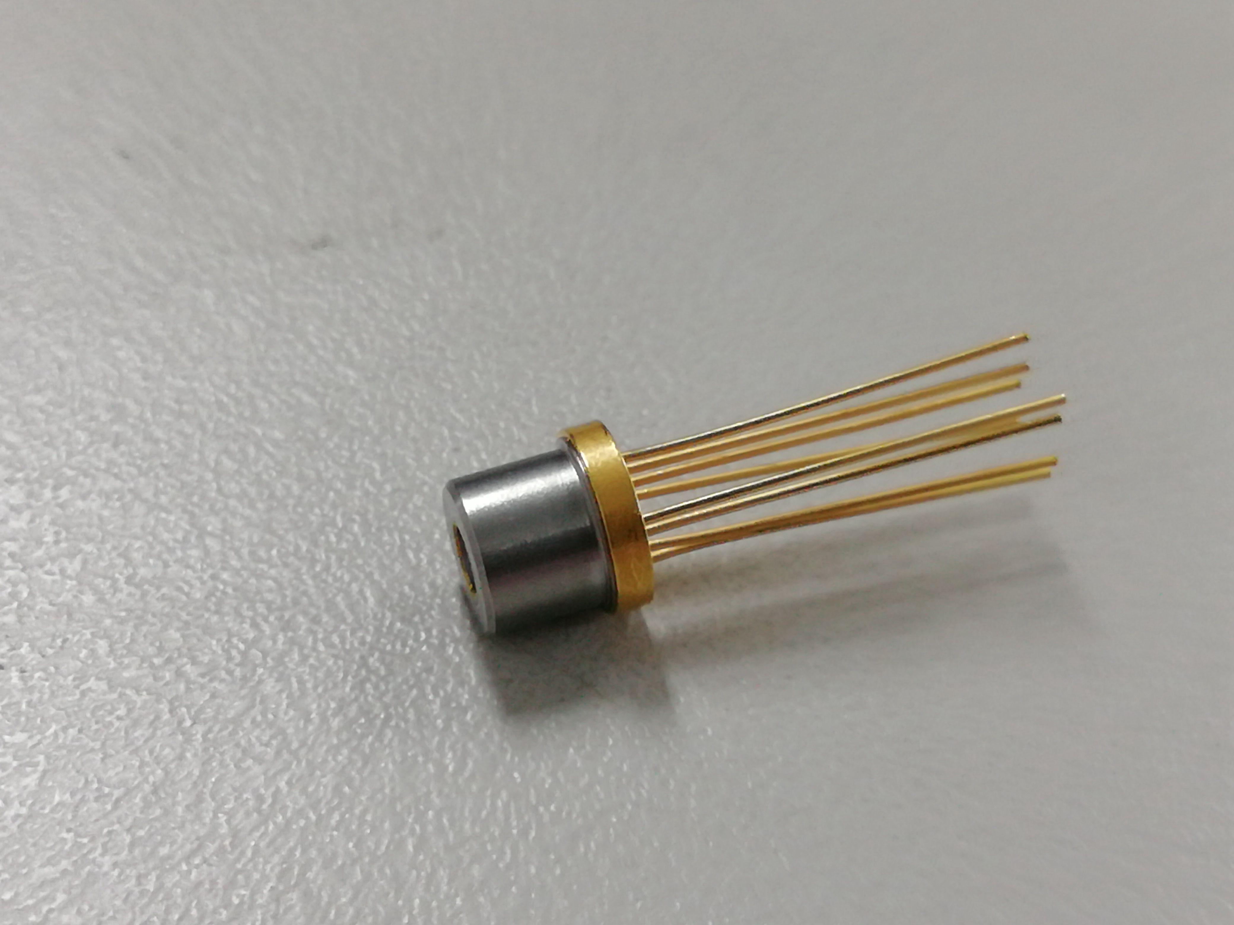 2.5G DWDM DFB激光器